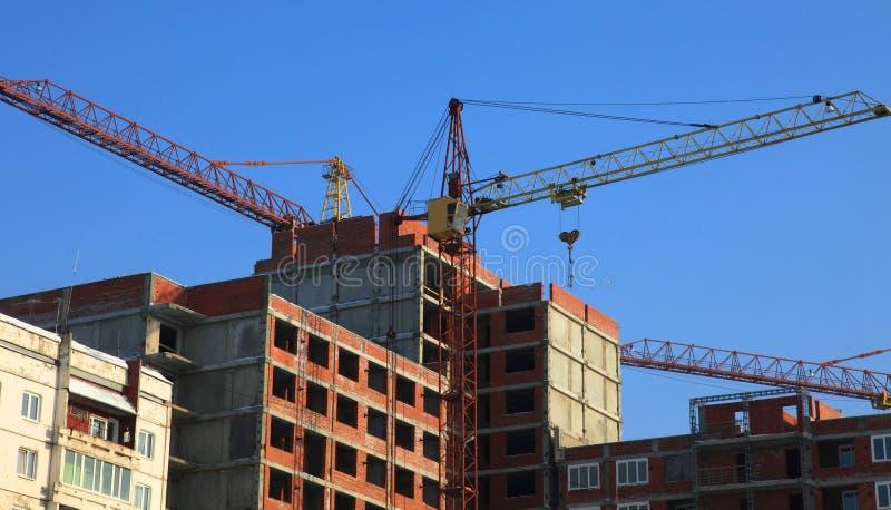 Download Casa sob a construção foto de stock. Imagem de apartamento - 12809424