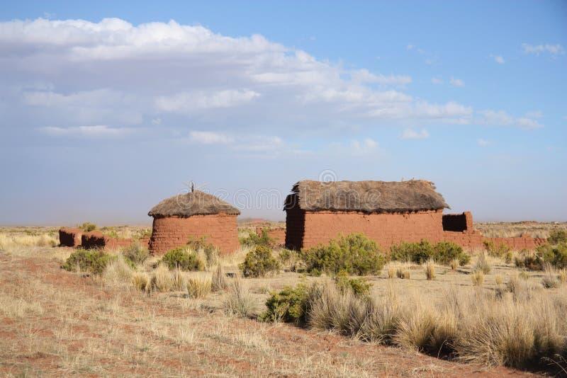 Casa sola dell'argilla in boliviano Altiplano fotografia stock libera da diritti