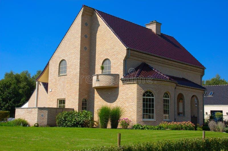 Casa suburbana. fotografie stock libere da diritti