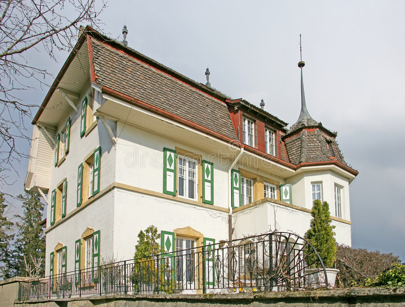 Casa suiza agradable 11 fotos de archivo