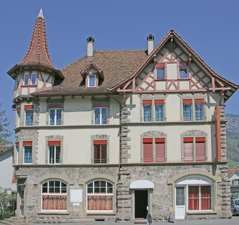 Casa suiza agradable 8 imágenes de archivo libres de regalías