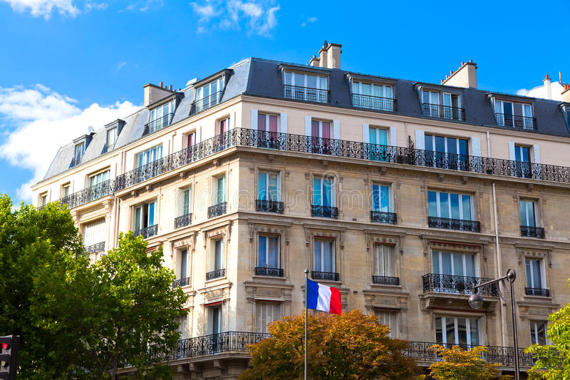 Casa típica de Paris fotos de stock