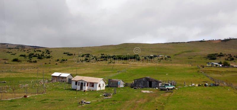 Casa típica do patagonia do EL Chalten da aldeia da montanha pequena fotografia de stock