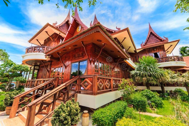Casa tailandesa fotografía de archivo libre de regalías
