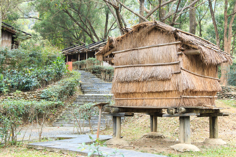 Casa taiwanesa aborígene nos indígenas do parque cultural de Taiwan no condado de Pintung, Taiwan foto de stock