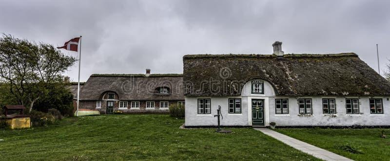 Casa tradicional em Sonderho na ilha dinamarquesa Fano imagens de stock royalty free