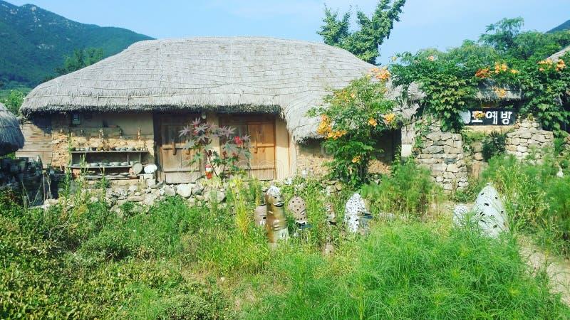 Casa tradicional situada em Coreia do Sul imagens de stock royalty free
