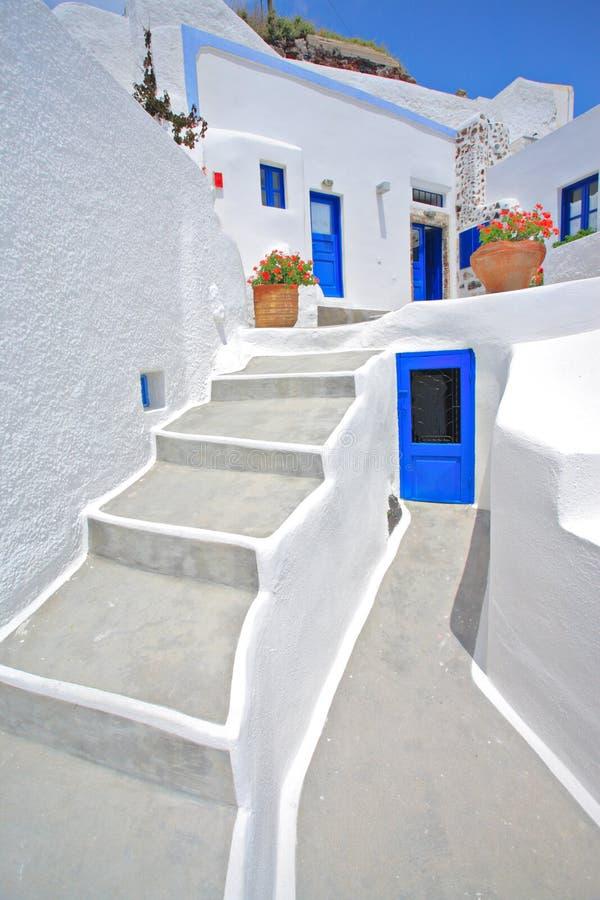 Casa tradizionale a Oia su Santorini fotografia stock libera da diritti