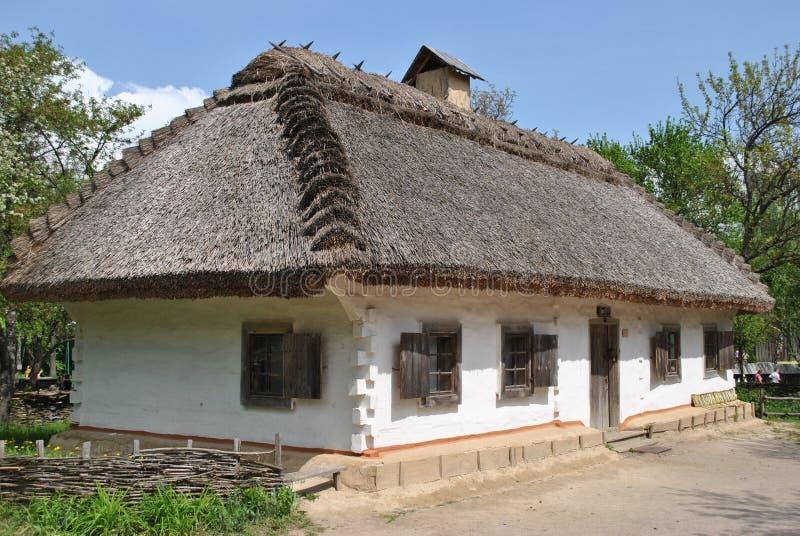 Casa ucraniana tradicional velha fotos de stock