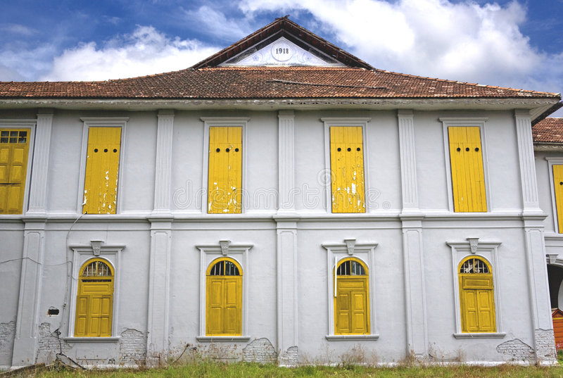Casa velha abandonada imagens de stock