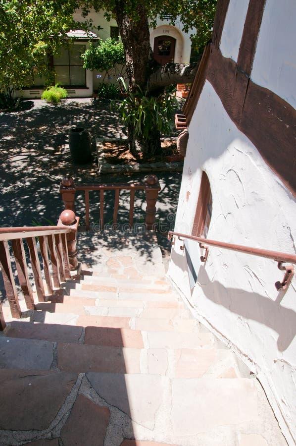 Casa velha belamente restaurada do estilo do artesão fotos de stock royalty free