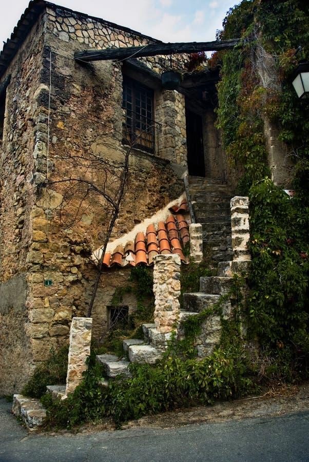 Casa velha do tijolo e da pedra fotografia de stock royalty free
