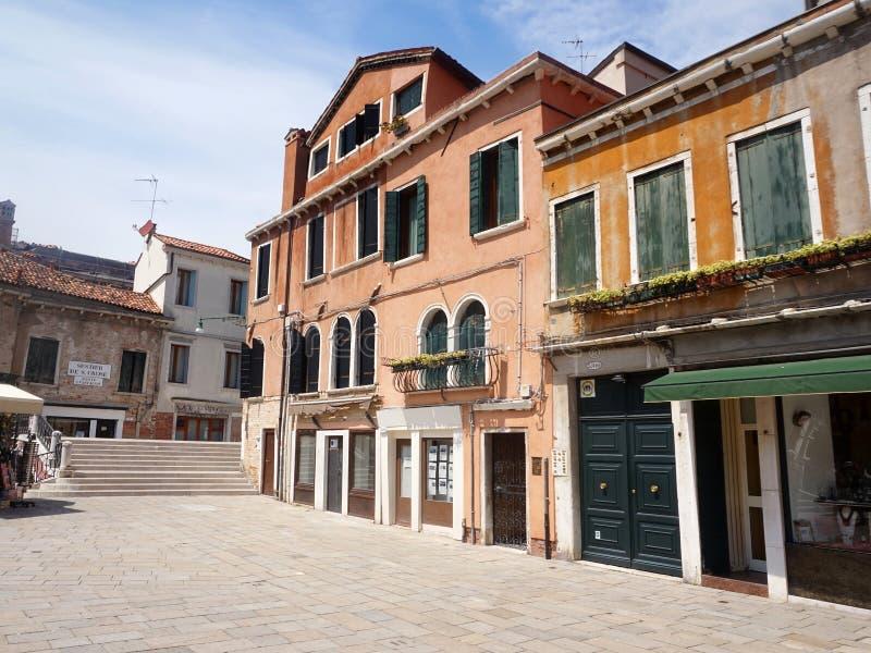 Casa veneciana vieja en Campo San Pantalon - Venecia, Italia fotos de archivo