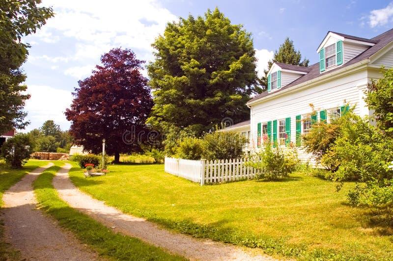 Casa vieja de la granja de Nueva Inglaterra foto de archivo libre de regalías