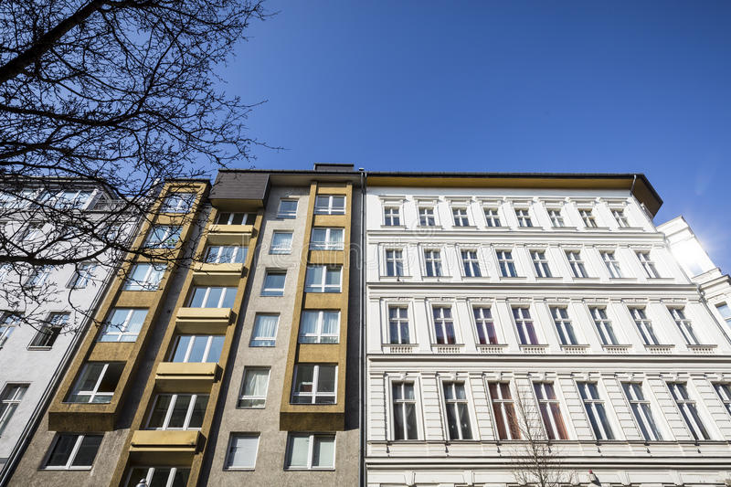 Casa vieja en Berlin Kreuzberg fotografía de archivo