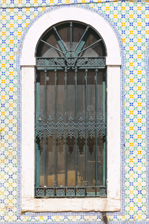 Casa vieja en Lisboa, Portugal imágenes de archivo libres de regalías