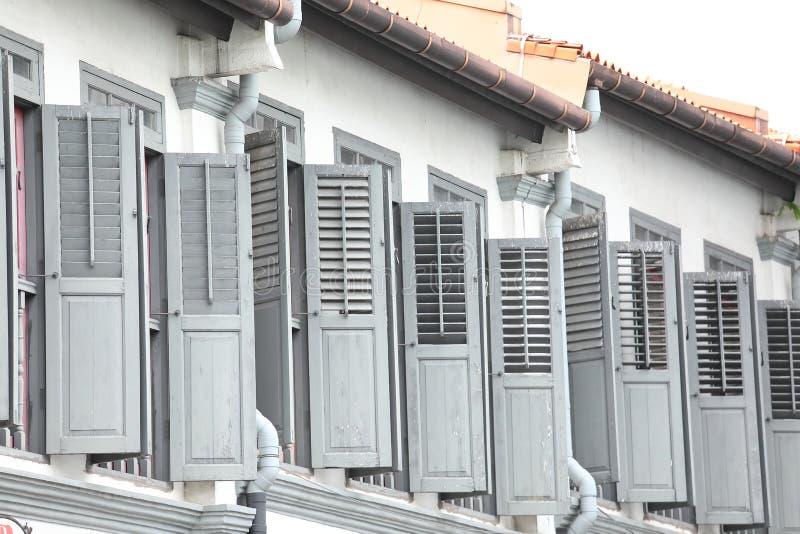 Casa vieja gris Chinatown Singapur fotografía de archivo