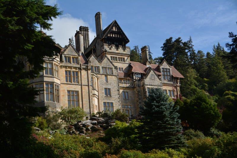 Casa y jardines Northumberland de Cragside foto de archivo