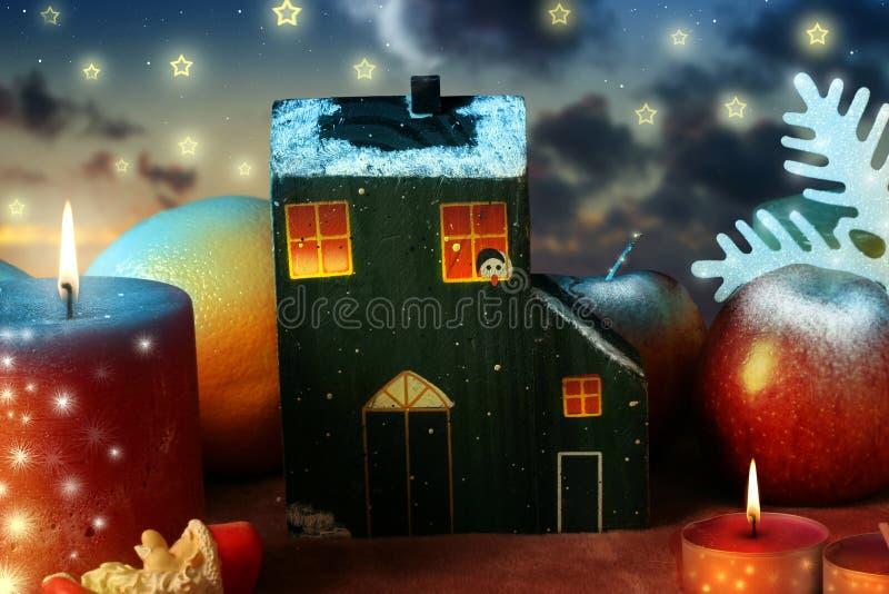 Download Casa y la Navidad foto de archivo. Imagen de feliz, fondo - 7283082
