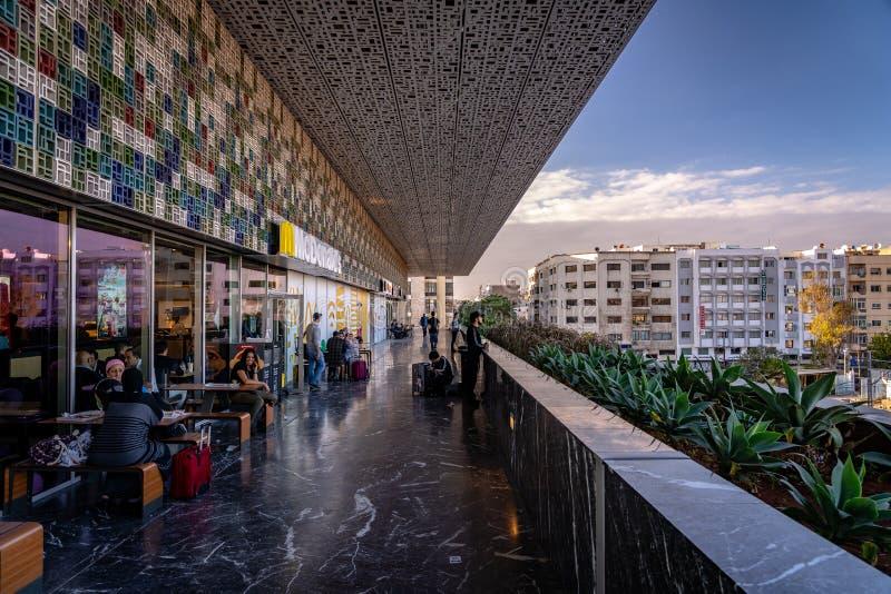 Casablanca, Marocco - il ristorante McDonald's alla stazione dei Casa Voyagers immagine stock