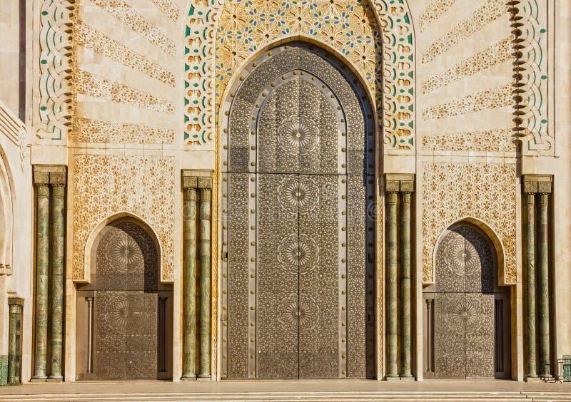 Casablanca in Marokko ingangsdeur van moskee Hassan II royalty-vrije stock afbeelding