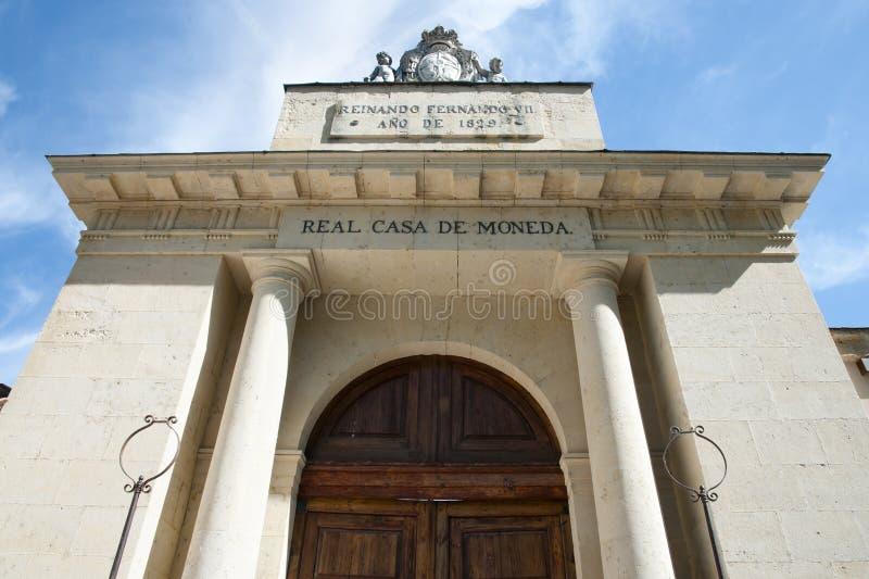 Casade la Moneda reale Front Door - Segovia - la Spagna immagini stock libere da diritti