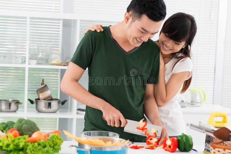 Casado con un cocinero imagen de archivo libre de regalías