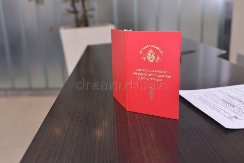 Casarse la boda civil del cuaderno fotos de archivo libres de regalías