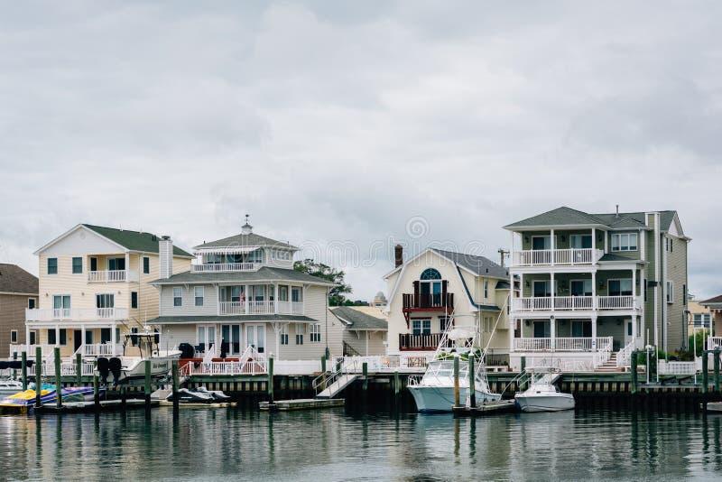 Casas ao longo da base de Gardners em Atlantic City, New-jersey fotografia de stock