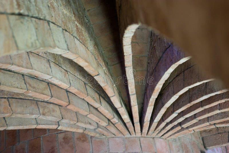 Casas Batllo - arcos del ático imágenes de archivo libres de regalías