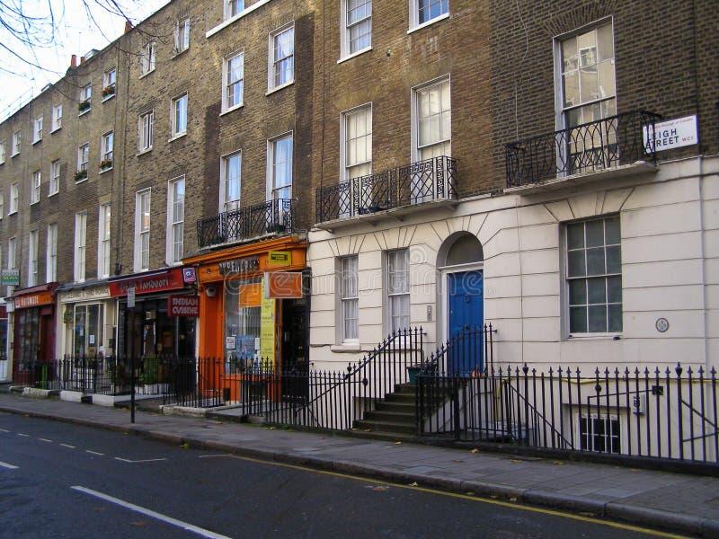 Casas colgantes británicas en Londres imagen de archivo