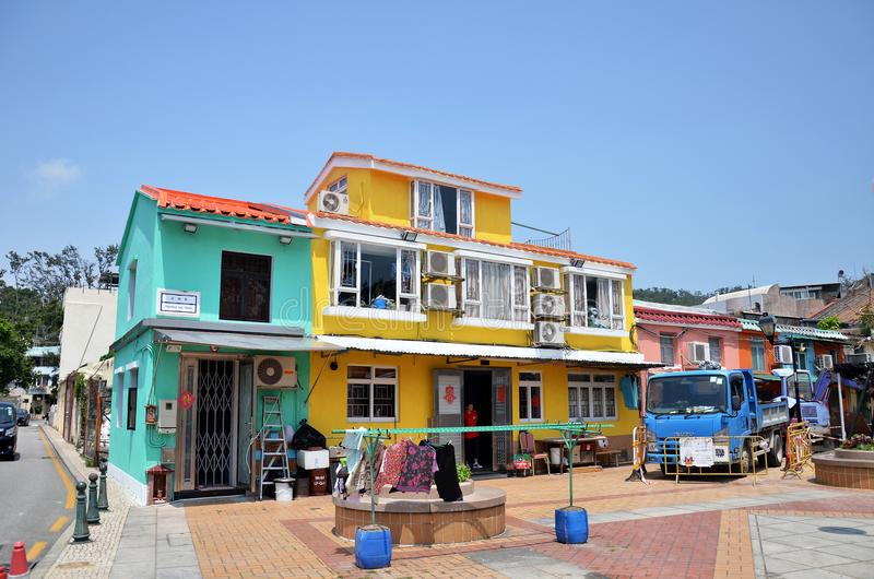 Casas coloridas bonitas da tradição na vila de Coloane, Macau fotos de stock royalty free