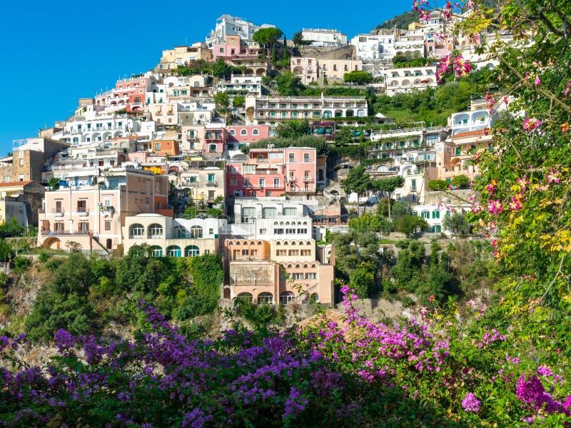 Casas coloridas de Positano, Amalfi, Italia foto de archivo libre de regalías