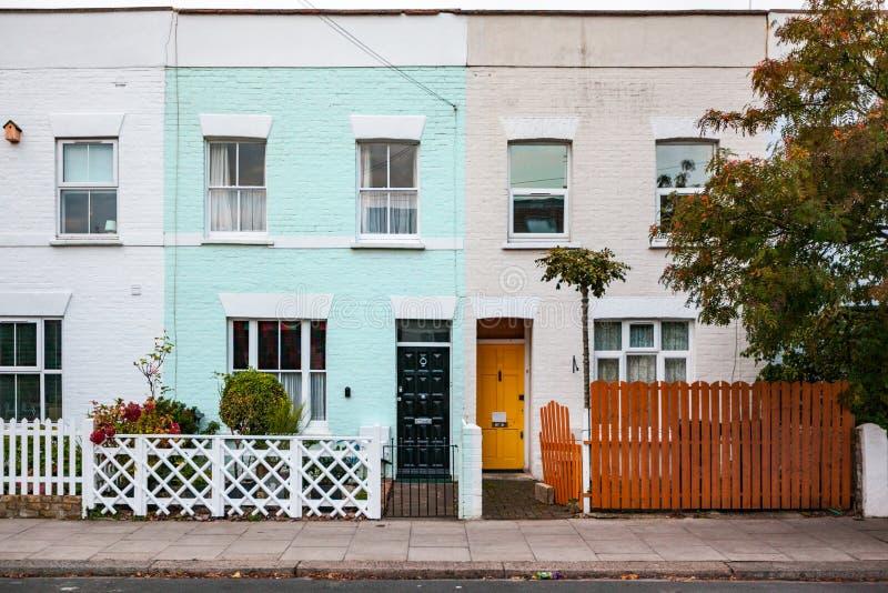 Casas coloridas em Londres fotos de stock royalty free