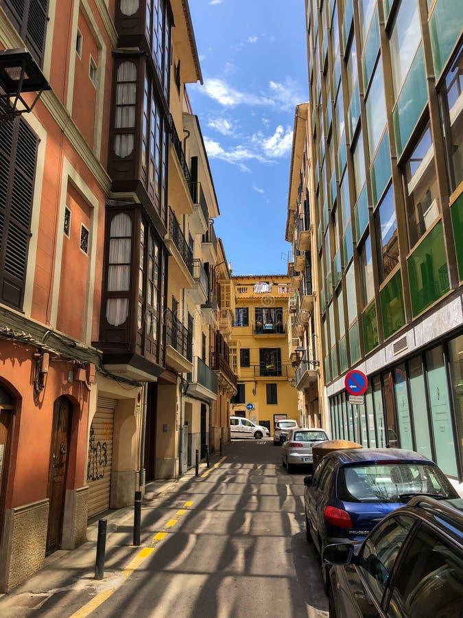 Casas coloridas na cidade velha mediterrânea de Palma, Espanha Majorca, Balearic Island fotografia de stock royalty free