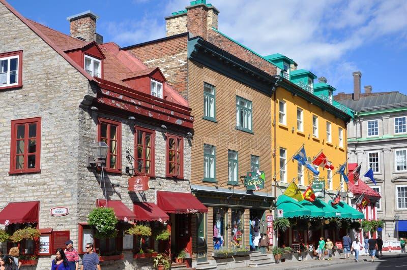 Casas coloridas na rua St Louis, Quebec City foto de stock royalty free