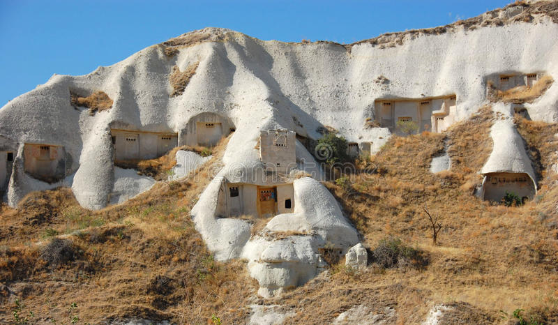 Casas da caverna de Cappadocia fotografia de stock royalty free