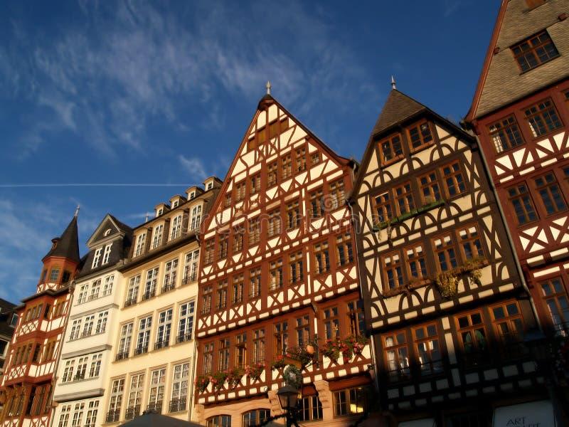 Casas da madeira em Francoforte fotos de stock
