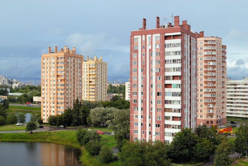 Casas de apartamento imagens de stock