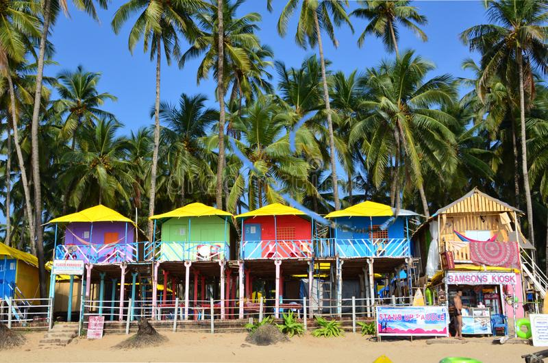 Casas de bambú coloreadas imagen de archivo