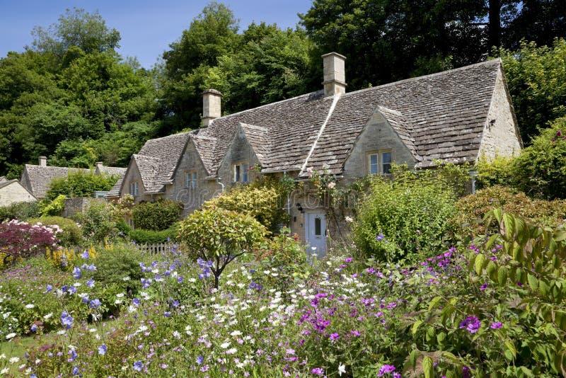 Casas de campo bonitas de Cotswold fotos de stock royalty free