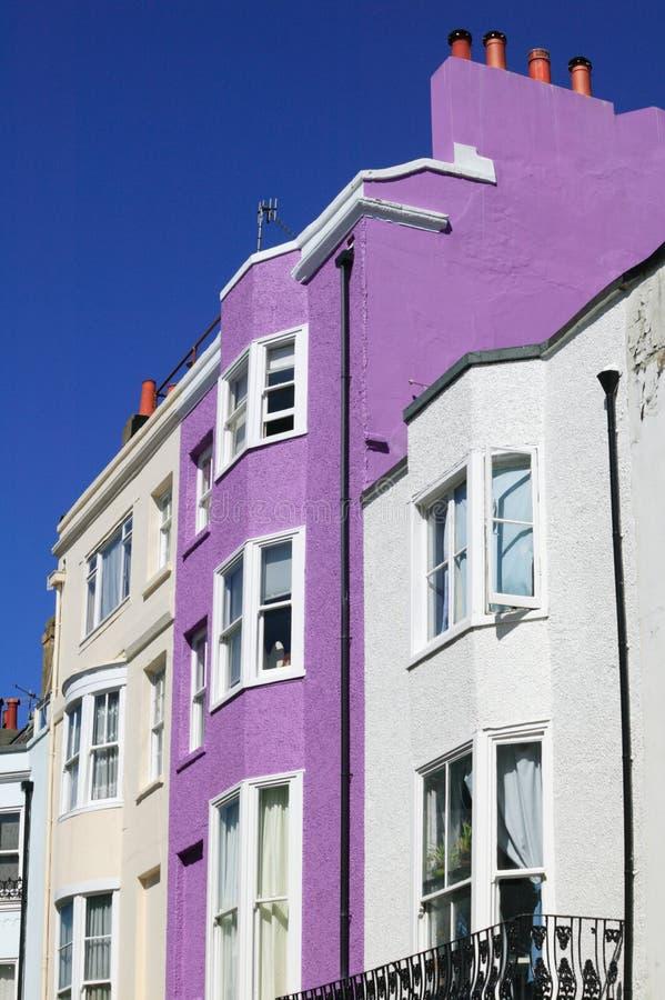 Casas de cidade terraced coloridas fotos de stock royalty free