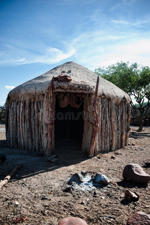Casas de Himba, Namibia, África imagen de archivo libre de regalías