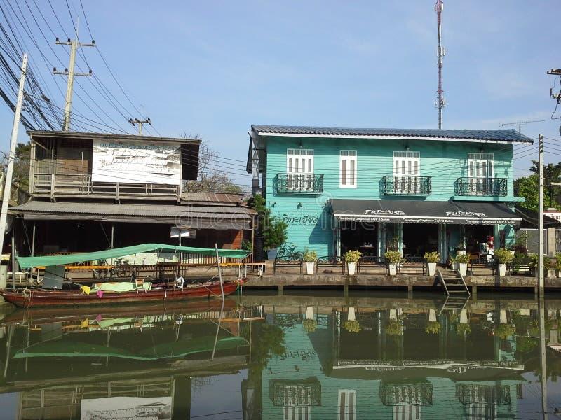 Casas de la costa en Tailandia fotografía de archivo libre de regalías
