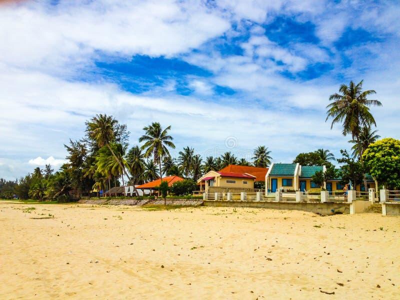 Casas de planta baja de la playa imágenes de archivo libres de regalías