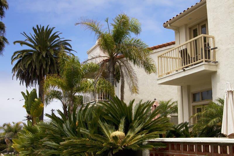 Casas de playa del océano de California meridional imagen de archivo