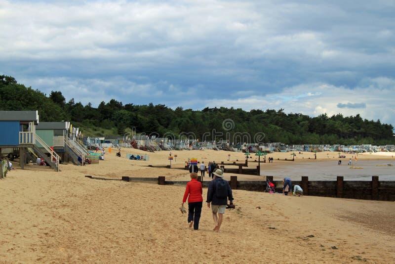 Casas de playa en el Wells-siguiente--mar imágenes de archivo libres de regalías