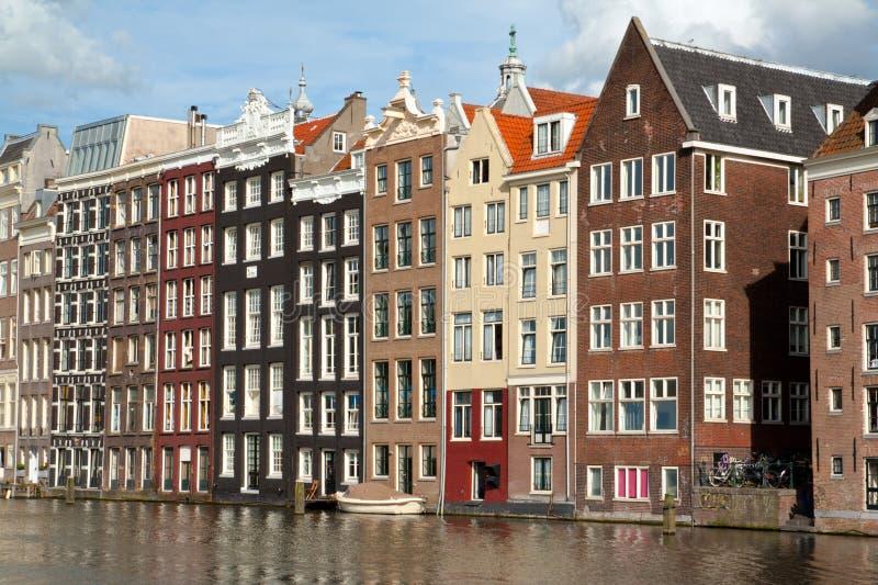 Casas del canal de Amsterdam foto de archivo