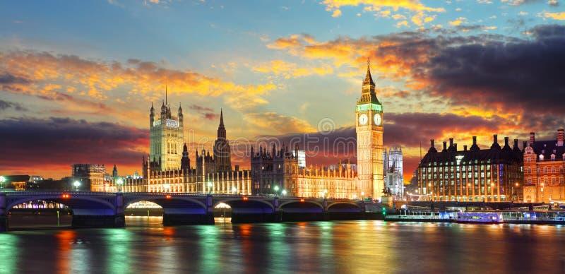 Casas del parlamento - ben grande, Londres, Reino Unido fotografía de archivo libre de regalías
