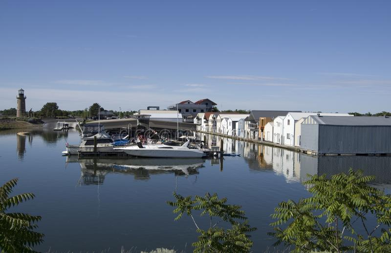 Casas del río de la isla del trébol, el río Columbia fotos de archivo libres de regalías